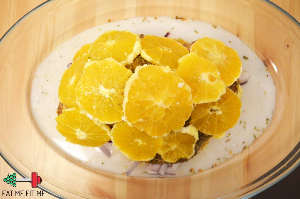 przepis-udziec-indyka-pieczony-w-pomaranczach-cebula-obiad-blog-eatmefitme3